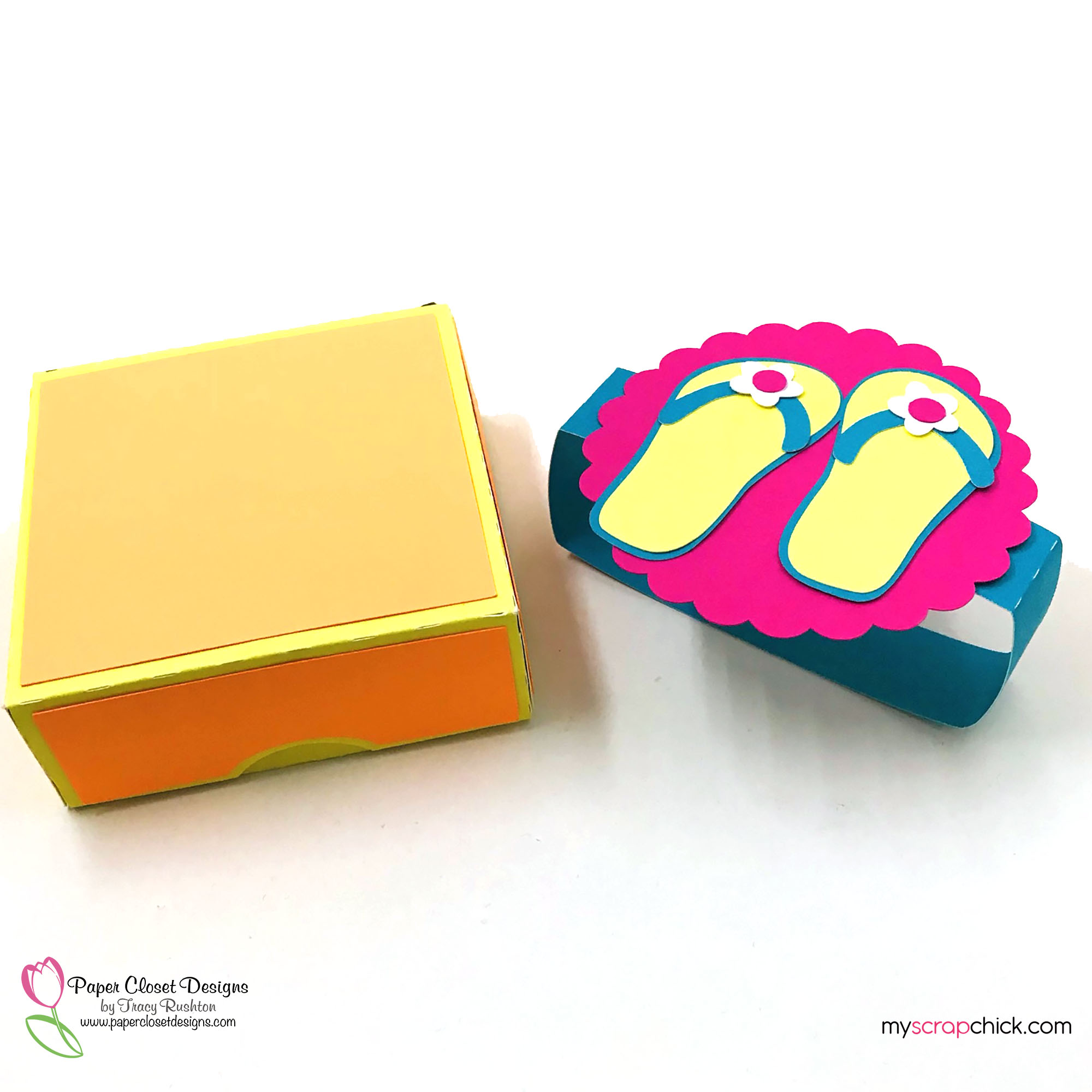 Hinged Box with Flip Flops 3