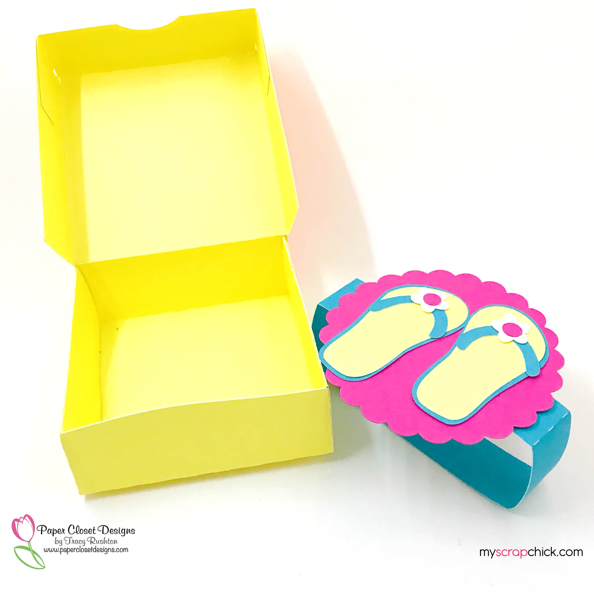 Hinged Box with Flip Flops 4
